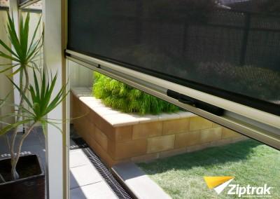 Ziptrak-Outdoor-Blind-12