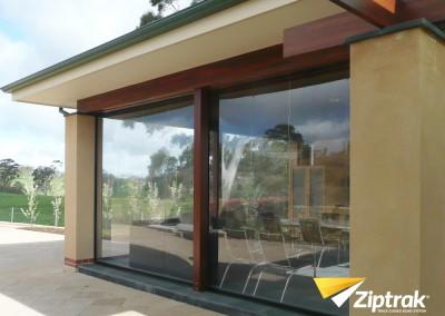 Ziptrak-Outdoor-Blind-7